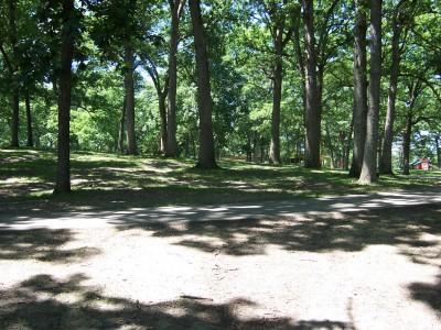 Sinnissippi Park, Main course, Hole 6 Tee pad