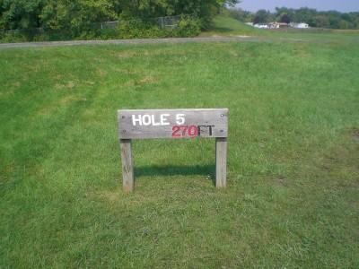 Shady Oaks Park, Main course, Hole 5 Hole sign
