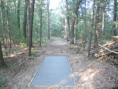 Whitehall Township DGC, Main course, Hole D7 Tee pad