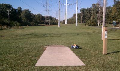 Castaldo Park, Main course, Hole 1