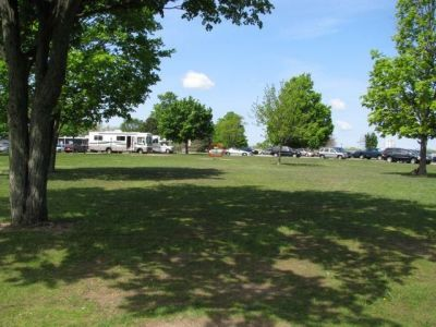 Lamar Park, Main course, Hole 1 Tee pad