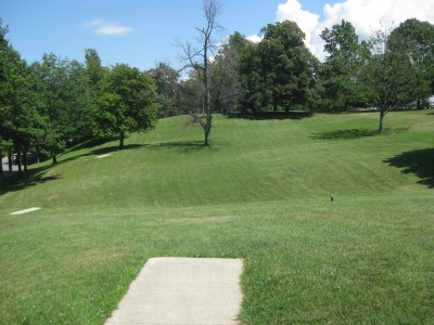 Lake Shore Park, Main course, Hole 17 Long tee pad