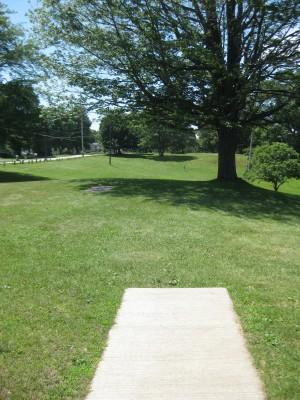 Lake Shore Park, Main course, Hole 15 Middle tee pad