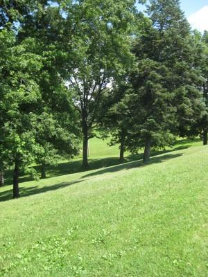 Lake Shore Park, Main course, Hole 18 Long tee pad