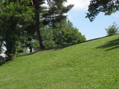 Lake Shore Park, Main course, Hole 1 Midrange approach