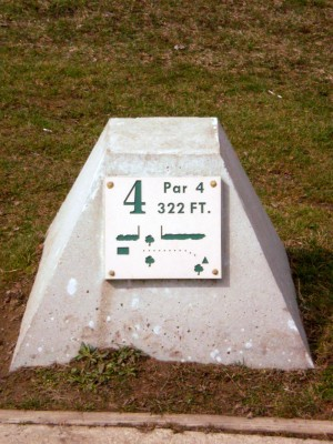 Carter Park, Main course, Hole 4 Hole sign