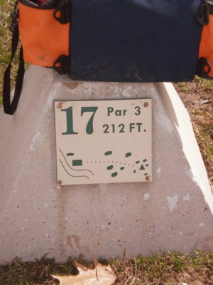Carter Park, Main course, Hole 17 Hole sign