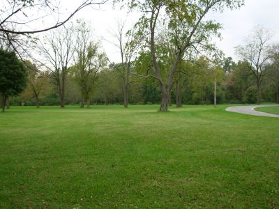 Aumiller Park, Main course, Hole 14 Tee pad