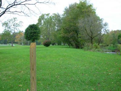 Aumiller Park, Main course, Hole 13 Tee pad