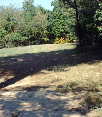 Mt. Airy Forest, Main course, Hole 11 Tee pad
