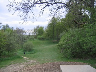 Rolling Hills County Park, Main course, Hole 4 Tee pad