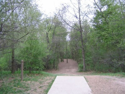Rolling Hills County Park, Main course, Hole 7 Short tee pad