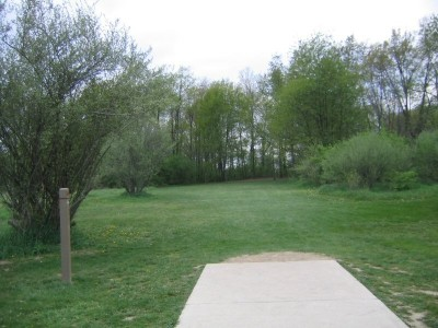 Rolling Hills County Park, Main course, Hole 5 Short tee pad