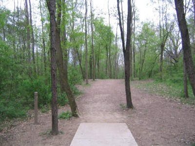 Rolling Hills County Park, Main course, Hole 8 Short tee pad