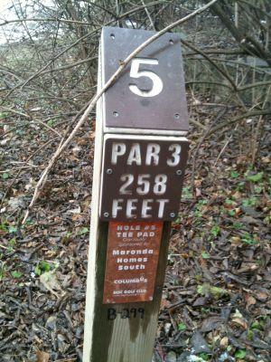 Griggs Reservoir Park, Main course, Hole 5 Hole sign