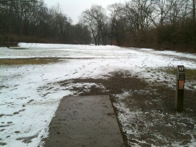 Griggs Reservoir Park, Main course, Hole 17 Tee pad
