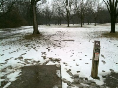 Griggs Reservoir Park, Main course, Hole 6 Tee pad