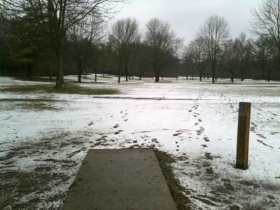 Griggs Reservoir Park, Main course, Hole 13 Tee pad