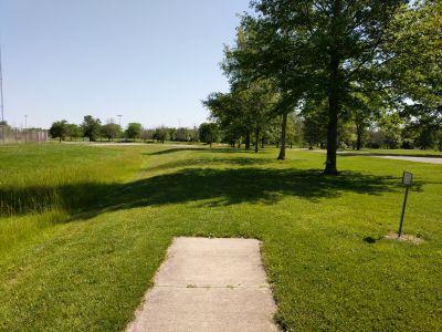 Arthur O. Fisher Park, Main course, Hole 13 Tee pad