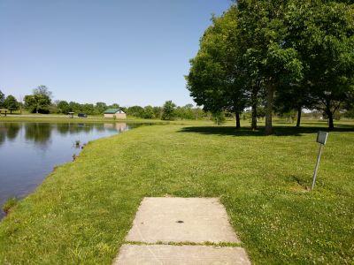 Arthur O. Fisher Park, Main course, Hole 11 Tee pad