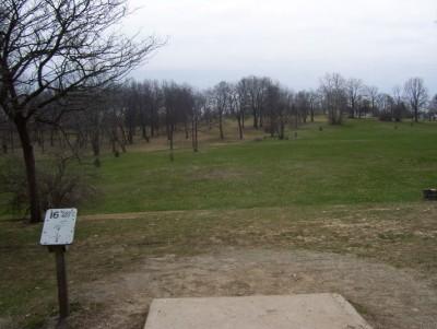 Belmont Park, Main course, Hole 16 Tee pad