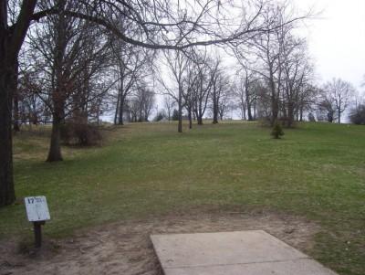 Belmont Park, Main course, Hole 17 Tee pad