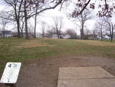 Belmont Park, Main course, Hole 4 Tee pad