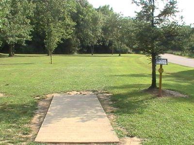 Gordon Holton Memorial, Main course, Hole 7 Short tee pad
