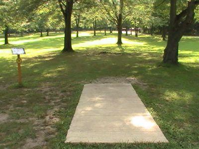 Gordon Holton Memorial, Main course, Hole 9 Short tee pad