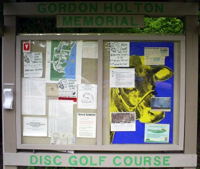 Gordon Holton Memorial, Main course, Hole 3 Hole sign