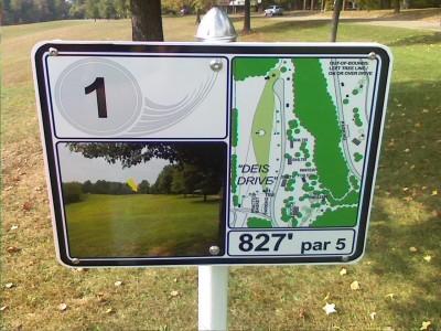 Deis Hill Park, Main course, Hole 1 Hole sign