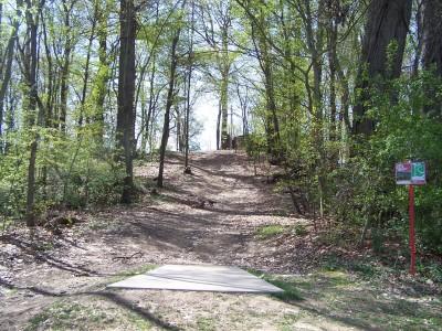 Deis Hill Park, Main course, Hole 15 Short tee pad