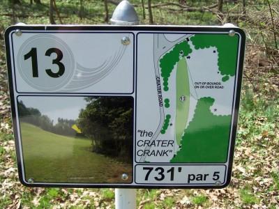 Deis Hill Park, Main course, Hole 13 Hole sign