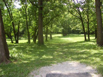Englewood Metro Park, Main course, Hole 1 Tee pad