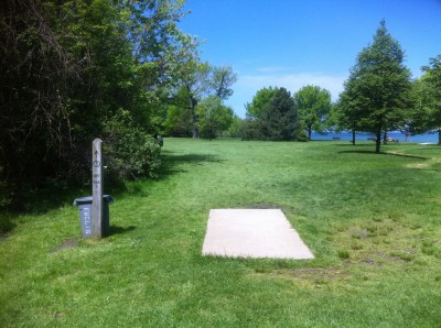 Sims Park, Main course, Hole 3 Tee pad