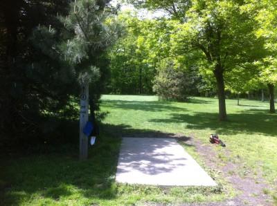 Sims Park, Main course, Hole 4 Tee pad