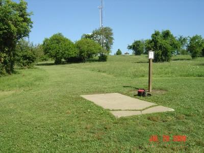 William Harbin Park, Main course, Hole 11 Tee pad