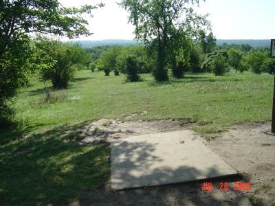 William Harbin Park, Main course, Hole 8 Tee pad