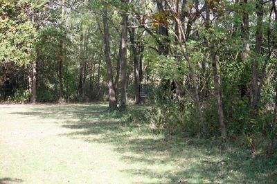 Riverbend Disc Golf Trail, Main course, Hole 13 Short approach