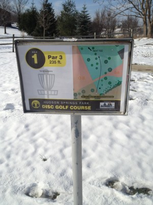 Hudson Springs Park, Main course, Hole 1 Hole sign
