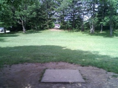 Hudson Springs Park, Main course, Hole 5 Tee pad