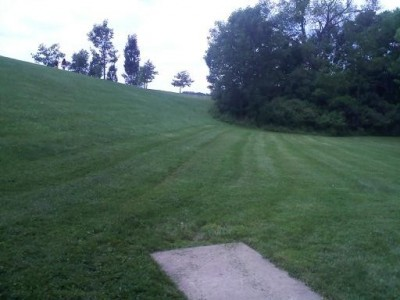 Hudson Springs Park, Main course, Hole 14 Tee pad