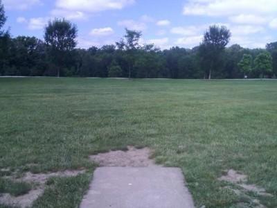 Hudson Springs Park, Main course, Hole 16 Tee pad
