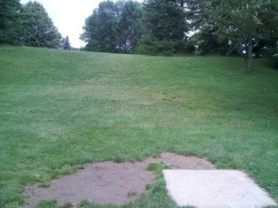 Hudson Springs Park, Main course, Hole 7 Tee pad