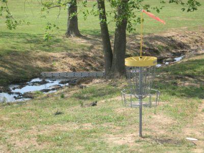 Athens Sportsplex, Main course, Hole 10 Putt