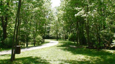 Roscoe Ewing Park, Main course, Hole 12 Long tee pad