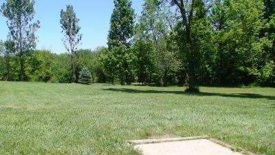 Roscoe Ewing Park, Main course, Hole 3 Short tee pad
