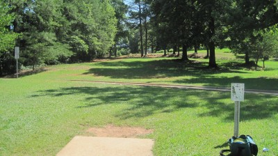 George Ward Park, Main course, Hole 17 Tee pad