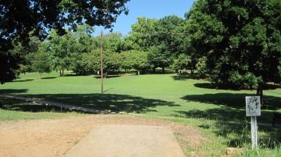 George Ward Park, Main course, Hole 7 Tee pad