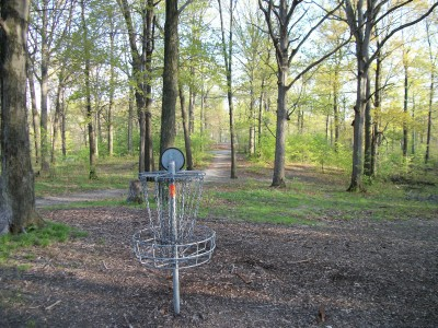 Veterans Memorial Park, Mike Broda Memorial DGC, Hole 7 Reverse (back up the fairway)